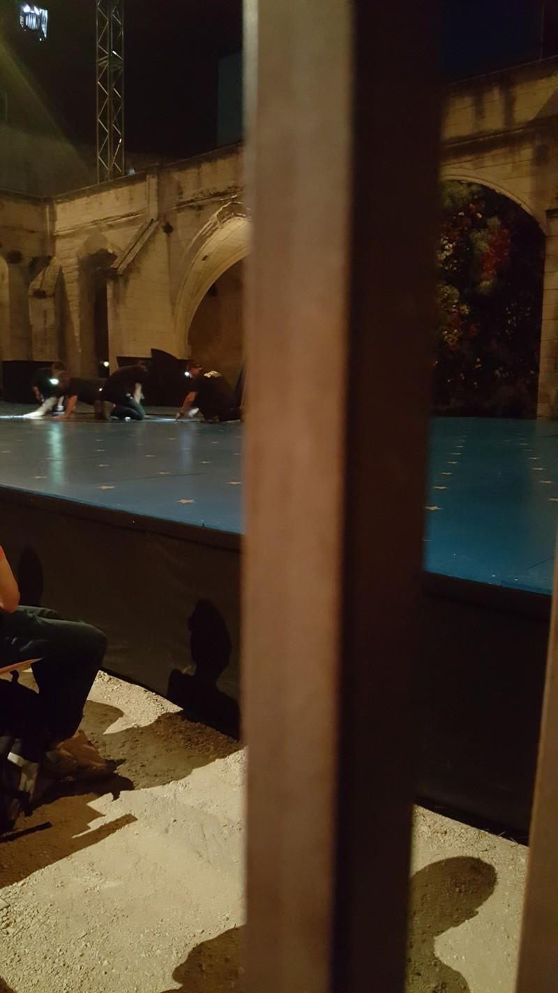 Scène de la cour du Cloître des Carmes @FBraun