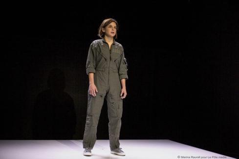 """Pauline Bayle dans """"Clouée au sol"""" ©Marina Raurell pour Le Pôle Média"""