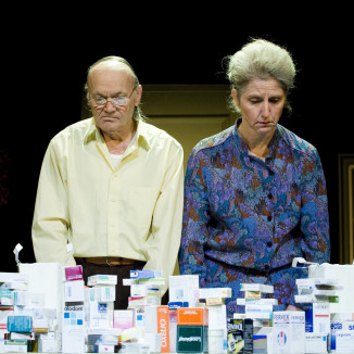 Jean-Claude Cotillard et Zazie Delem dans Fin de série © Ifou pour le Pole media.